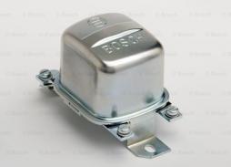 Generatorregler BOSCH (F 026 T02 204)
