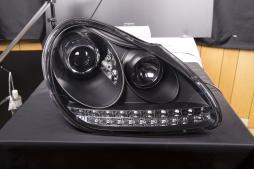 Xenon Daylight headlights with LED DRL look Porsche Cayenne Yr. 03-07 black