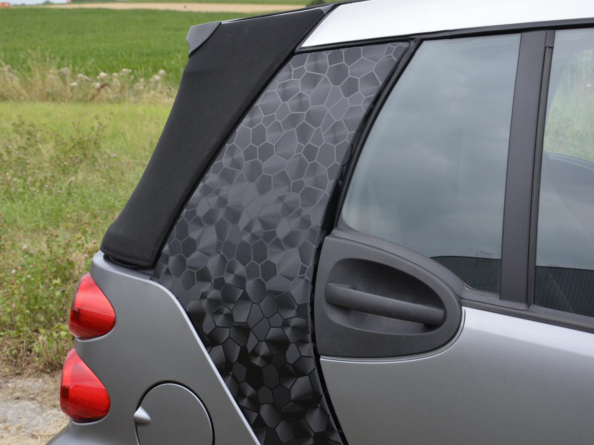 tuning shop auto folie 3d schwarz selbstklebend 1 rolle. Black Bedroom Furniture Sets. Home Design Ideas